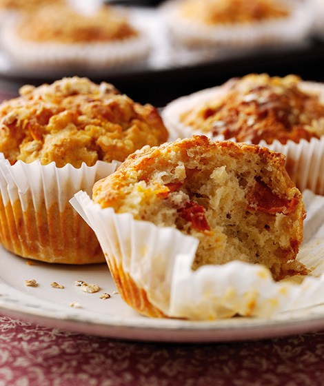 Cheese, Tomato & Oat Muffin