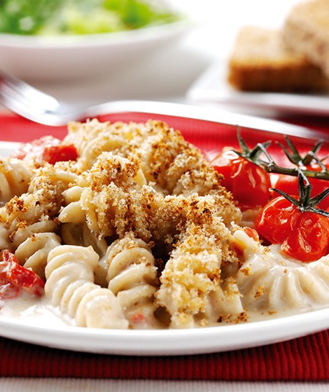 Wholewheat Pasta Bake with Cheese Sauce