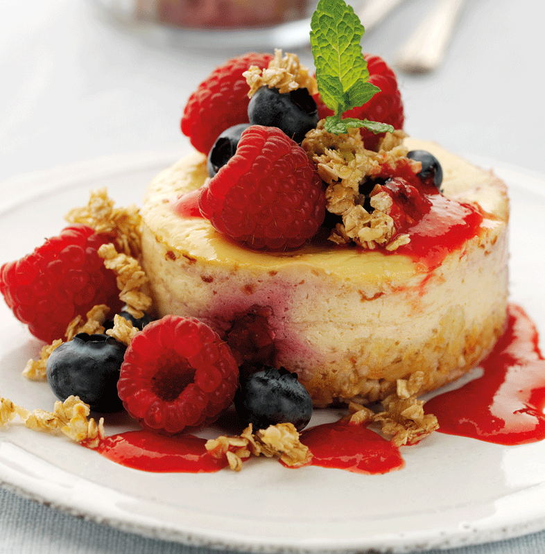 low-fat-vanilla-and-raspberry-cheesecakes